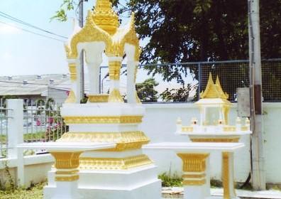 ศาลพระพรหมสีทองหินขัด 12 นิ้ว+โต๊ะบูชา ทรงไทยหน้าตรง